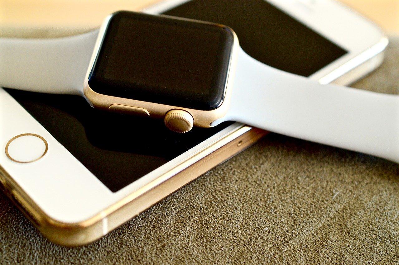 apple watch sur un smartphone